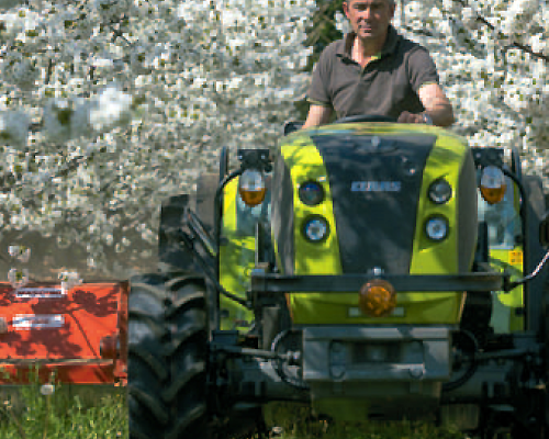 100% Tractor. 100% CLAAS.